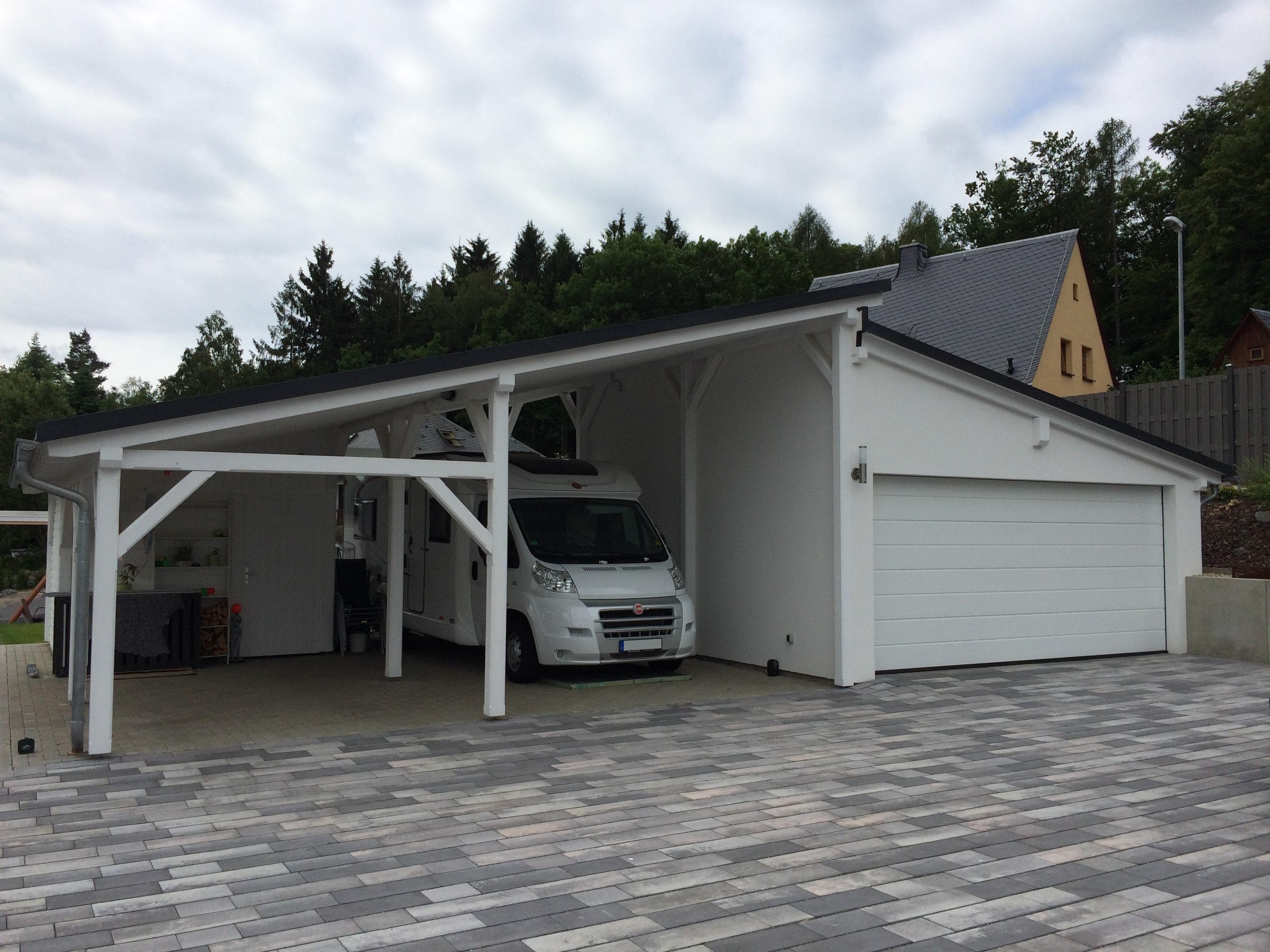 https://www.carport-holzbau.de/wp-content/uploads/Foto.jpg